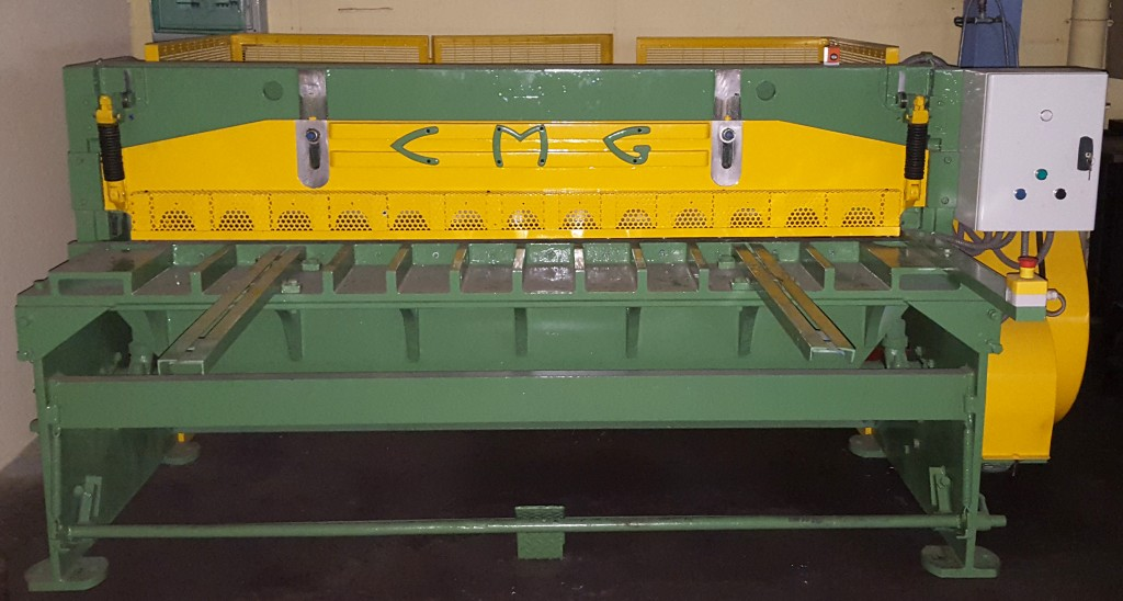 Machine outil d'occasion Cisaille CMG